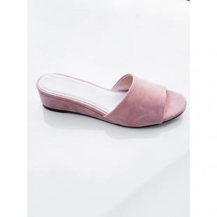 Взуття Шльопанці bianco 20-50189 pink