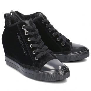 Взуття Спортивне взуття CALVIN KLEIN JEANS ROBINA VELVET