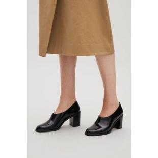 Взуття Туфлі весна-осінь COS 334382 black
