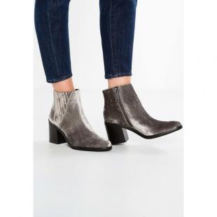Взуття Ботинки жіночі CALVIN KLEIN JEANS VOLISE VELVET silver
